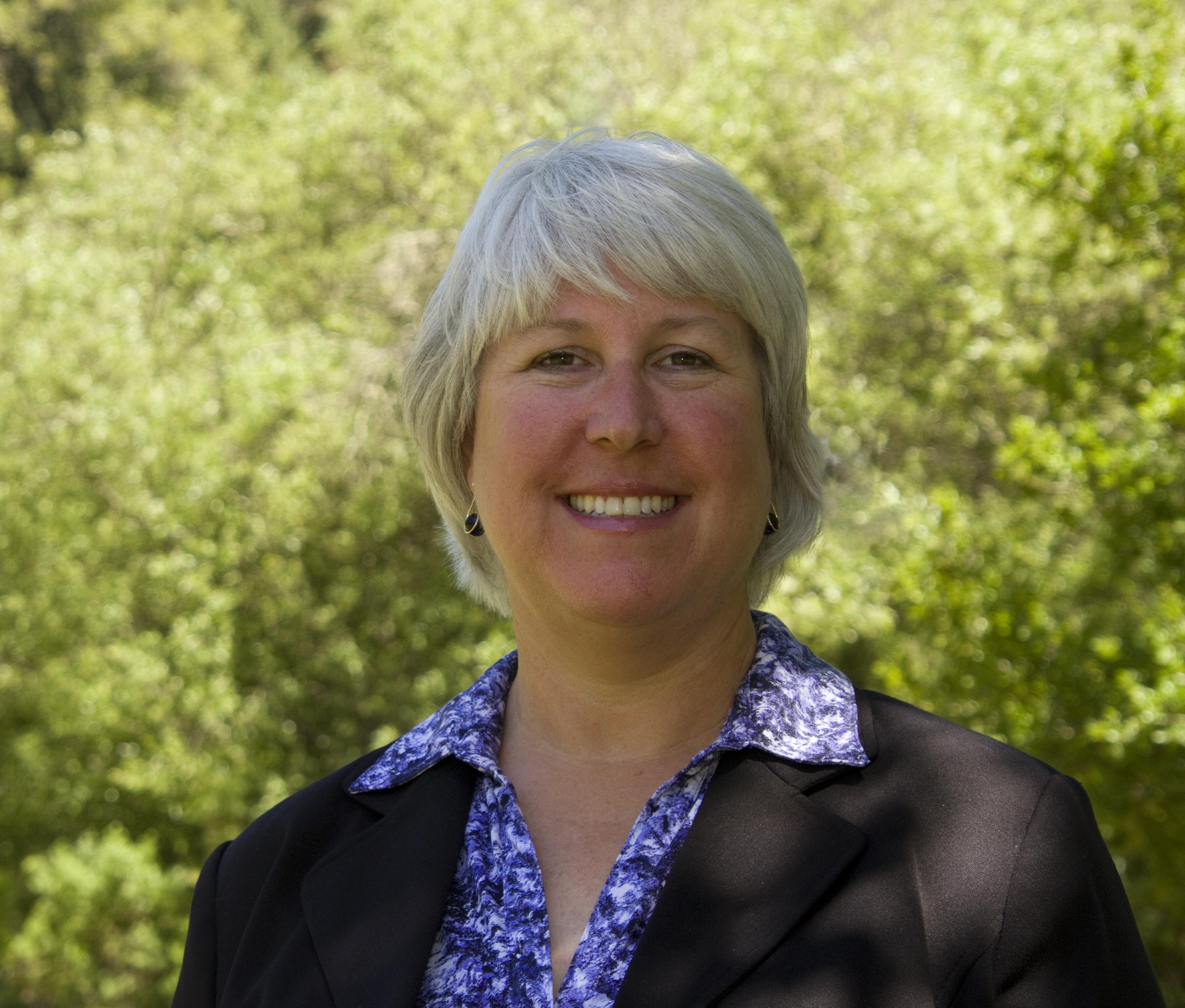 Anne Kassebaum Headshot (002)